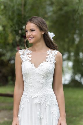 Lace Bridal Gowns Melbourne