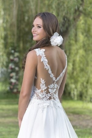 Della Wedding Dress
