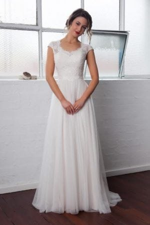 Katie Lace Wedding Dress