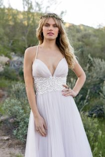 Lilah Wedding Dress front2